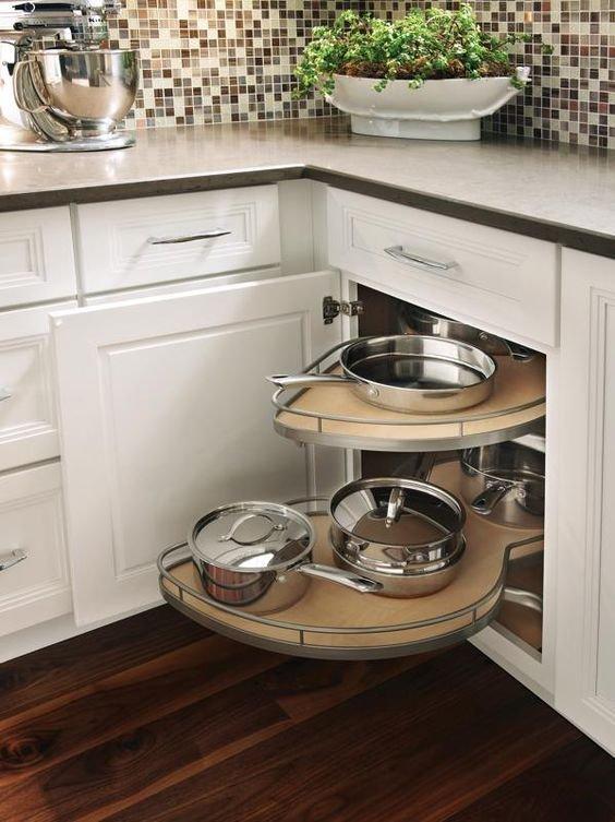 Фотография: Планировки в стиле , Кухня и столовая, Советы – фото на INMYROOM