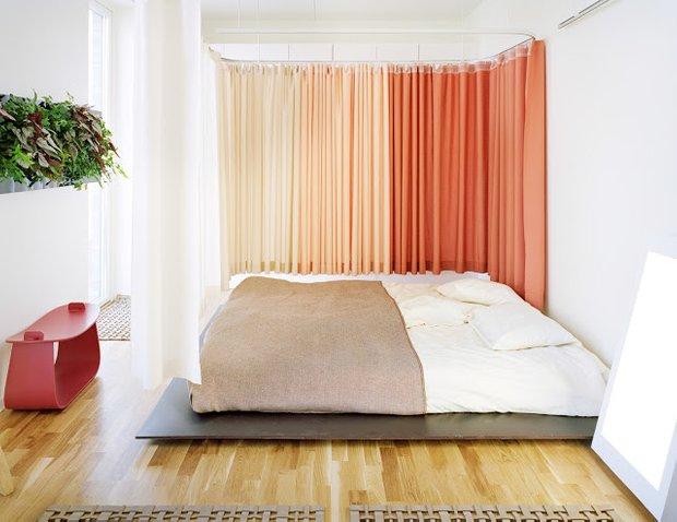 Фотография: Спальня в стиле Современный, Декор интерьера, Текстиль, Шторы – фото на INMYROOM