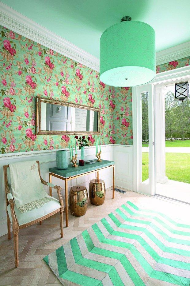 Фотография: Прихожая в стиле Прованс и Кантри, Гостиная, Интерьер комнат, Картины, Зеркало – фото на INMYROOM