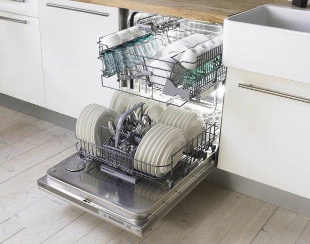 Фотография: Прихожая в стиле Минимализм, Кухня и столовая, Перепланировка, Finish – фото на INMYROOM