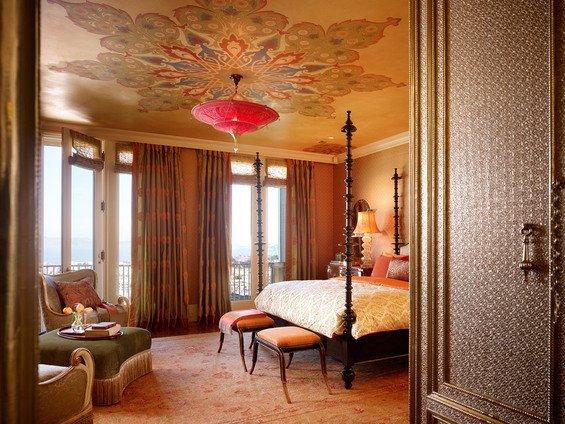 Фотография: Спальня в стиле Восточный, Декор интерьера, Дом, Декор дома, Цвет в интерьере – фото на INMYROOM