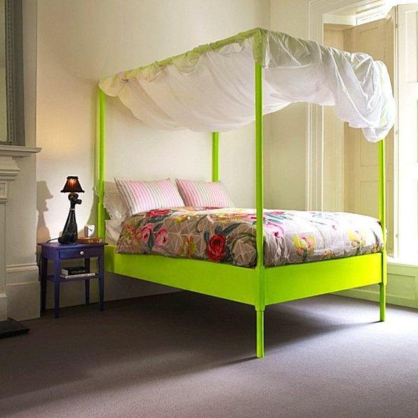 Фотография: Спальня в стиле Современный, Эклектика, Декор интерьера, Дизайн интерьера, Цвет в интерьере, Желтый, Розовый, Оранжевый, Неон – фото на INMYROOM
