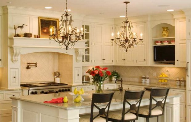 Фотография: Кухня и столовая в стиле , Интерьер комнат, Цвет в интерьере, Белый – фото на INMYROOM