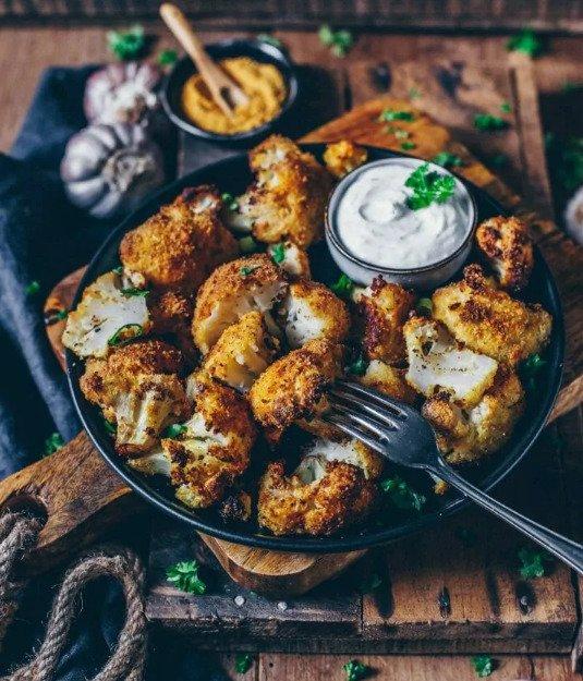 Фотография:  в стиле , Закуска, Вегетарианская, Закуски, Кулинарные рецепты, 45 минут, Европейская кухня, Просто, Цветная капуста, Запекание – фото на INMYROOM