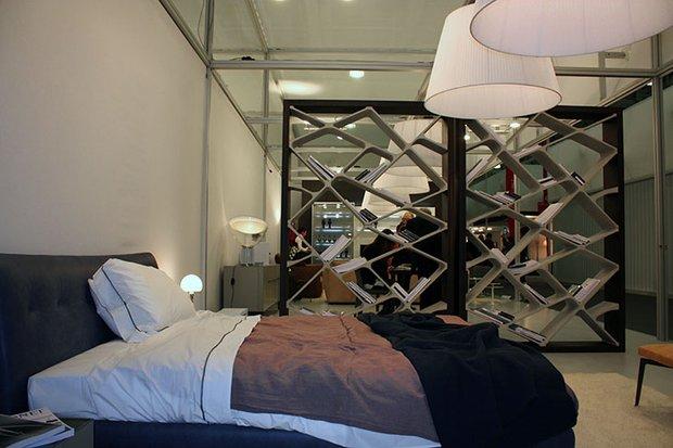 Фотография: Спальня в стиле Современный, Artemide, Flos, PROVASI, Индустрия, События, Маркет, Мягкая мебель, Missoni, Пэчворк, Porada, LLADRO – фото на INMYROOM