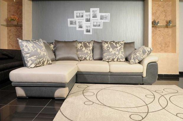 Фотография: Гостиная в стиле Прованс и Кантри, Кухня и столовая, Декор интерьера, Квартира, Студия, Дом, Мебель и свет, угловой диван в интерьере – фото на INMYROOM