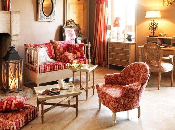 Фотография: Гостиная в стиле , Декор интерьера, Декор дома, Праздник, Камин, Биокамин – фото на INMYROOM