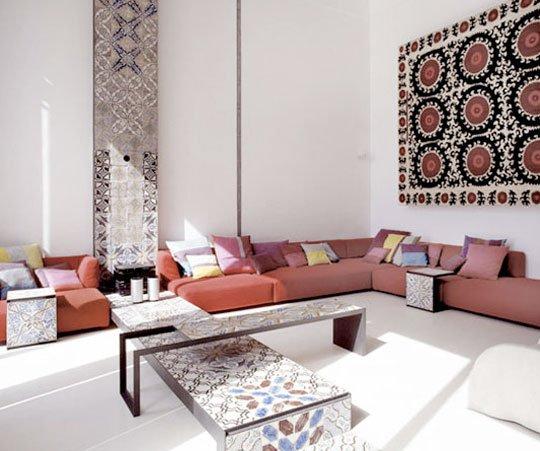 Фотография: Гостиная в стиле Восточный, Малогабаритная квартира, Интерьер комнат, Советы, Зеркала – фото на INMYROOM