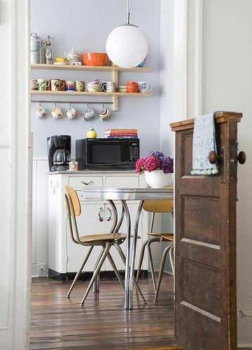 Фотография: Кухня и столовая в стиле Прованс и Кантри, Советы, уборка – фото на INMYROOM