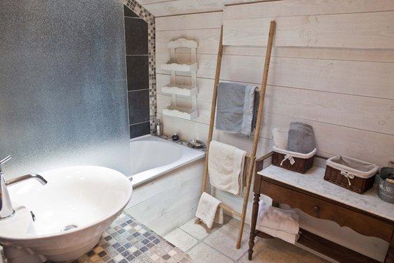 Фотография: Ванная в стиле Прованс и Кантри, Интерьер комнат, Прованс – фото на INMYROOM
