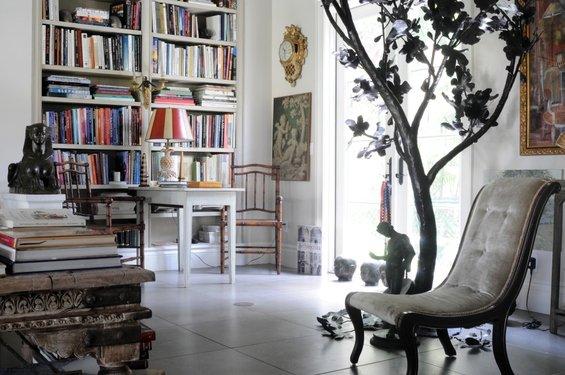 Фотография: Гостиная в стиле Прованс и Кантри, Скандинавский, Эклектика, Декор интерьера, Швеция, Мебель и свет, Индустрия, Люди – фото на INMYROOM