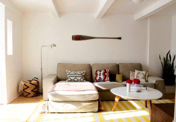 Фотография: Гостиная в стиле Эклектика, DIY, Дом, Дома и квартиры, Камин – фото на INMYROOM