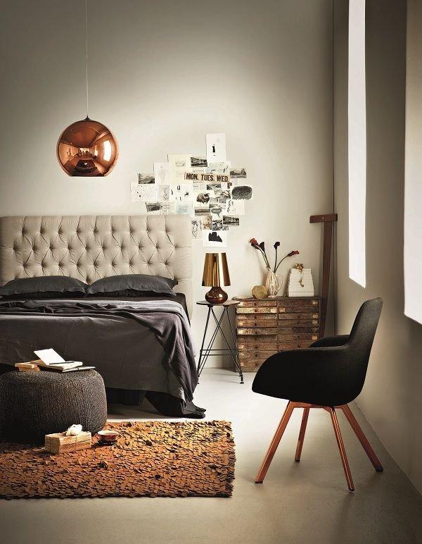 Фотография: Спальня в стиле Эклектика, Декор, Стиль жизни, Советы, Камин, Плед – фото на INMYROOM