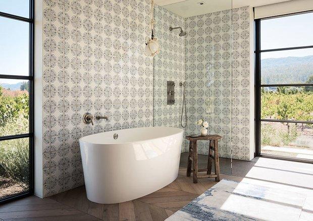 Фотография: Ванная в стиле Прованс и Кантри, Дом и дача – фото на INMYROOM