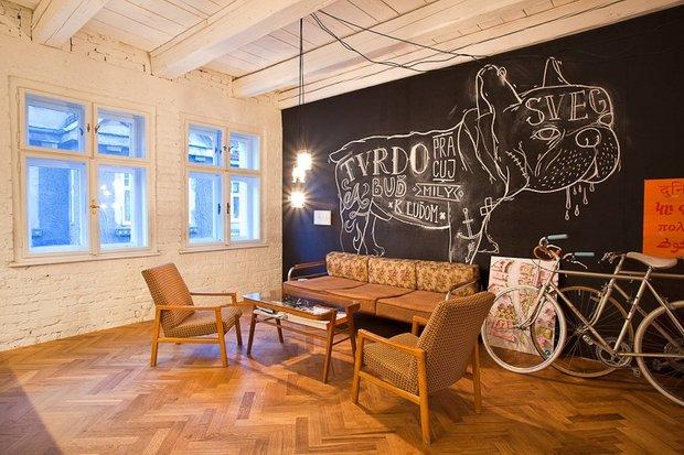 Фотография: Гостиная в стиле Прованс и Кантри, Лофт, Современный, Декор интерьера, Офисное пространство, Офис, Дома и квартиры – фото на INMYROOM