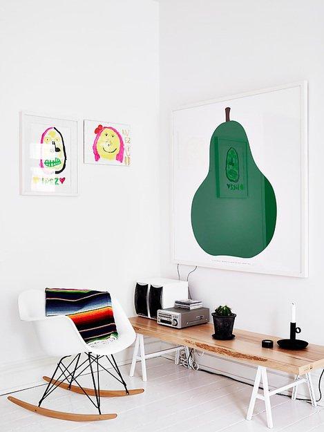 Фотография: Мебель и свет в стиле Скандинавский, Декор интерьера, Квартира, Цвет в интерьере, Дома и квартиры, Стены, Пол – фото на INMYROOM