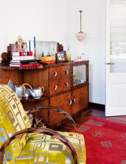 Фотография: Мебель и свет в стиле Прованс и Кантри, Дома и квартиры, Интерьеры звезд, Ретро – фото на INMYROOM