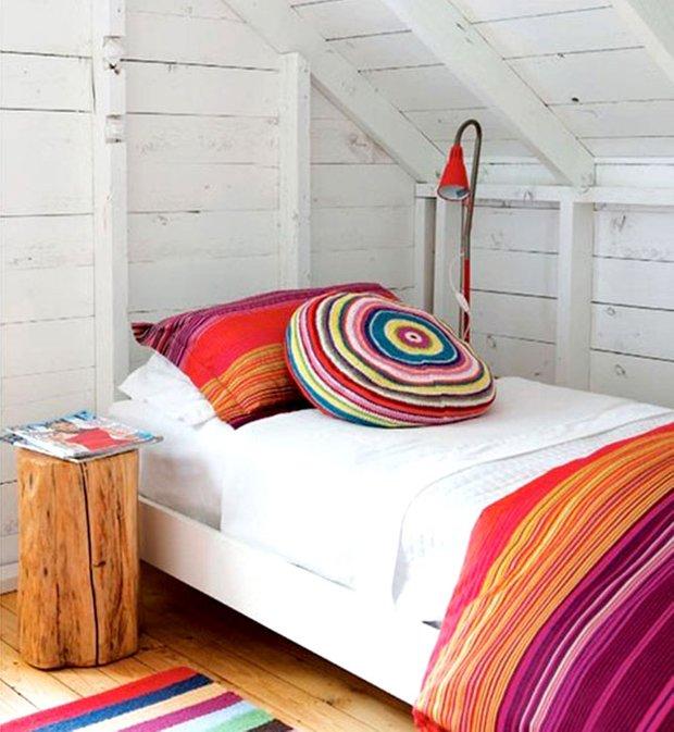 Фотография: Спальня в стиле Скандинавский, Декор интерьера, Мебель и свет, Стол – фото на INMYROOM