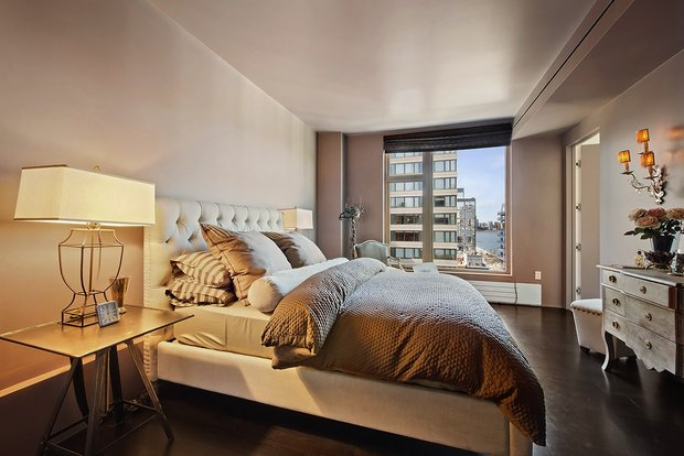 Фотография: Спальня в стиле Современный, Декор интерьера, Квартира, Дома и квартиры, Нью-Йорк – фото на INMYROOM