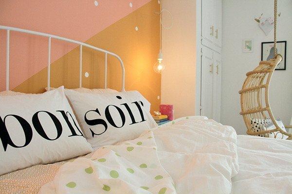 Фотография: Спальня в стиле Скандинавский, Детская, Интерьер комнат, Цвет в интерьере, Белый – фото на INMYROOM