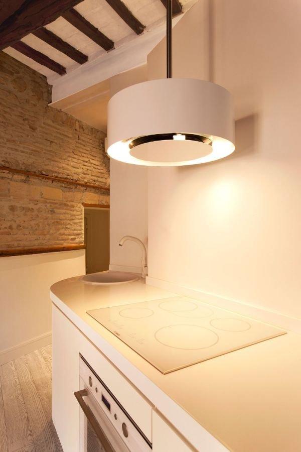 Фотография: Кухня и столовая в стиле Лофт, Малогабаритная квартира, Квартира, Дома и квартиры – фото на INMYROOM