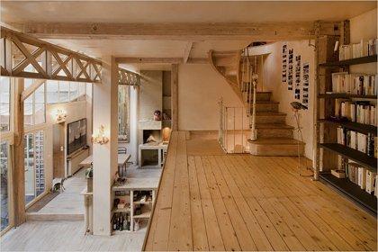 Фотография: Прихожая в стиле Прованс и Кантри, Дом, Дома и квартиры, Лестница – фото на INMYROOM