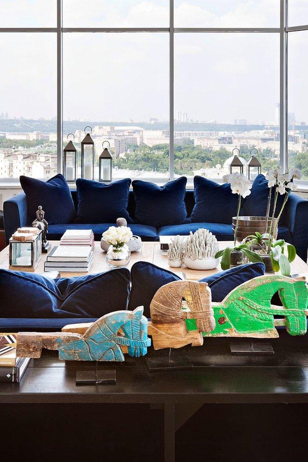 Фотография: Гостиная в стиле Современный, Квартира, Дома и квартиры, Интерьеры звезд – фото на INMYROOM