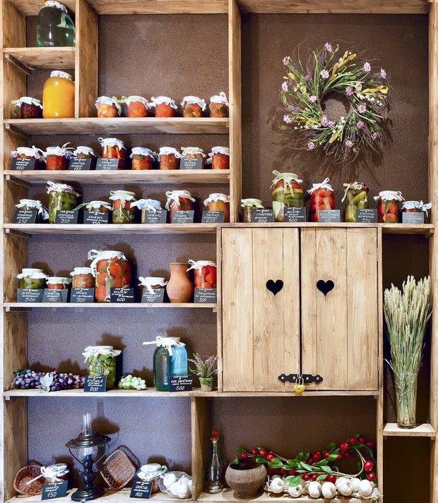 Фотография: Прочее в стиле , Кухня и столовая, Интерьер комнат, HOFF, Системы хранения – фото на INMYROOM