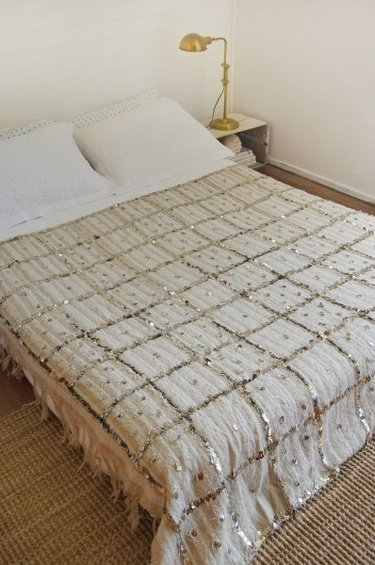 Фотография: Спальня в стиле Современный, Декор интерьера, Дом, Декор дома, Цвет в интерьере – фото на INMYROOM