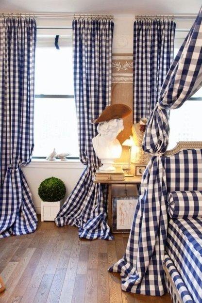 Фотография: Спальня в стиле Прованс и Кантри, Цвет в интерьере, Стиль жизни, Советы, Ткани, Галерея Арбен, Шторы, Окна – фото на InMyRoom.ru