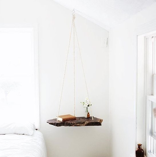 Фотография: Прочее в стиле , Спальня, Декор интерьера, Мебель и свет, Стол – фото на InMyRoom.ru