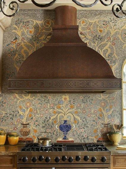 Фотография: Детская в стиле Классический, Кухня и столовая, Декор интерьера, Дом, Декор дома, Плитка, Мозаика, Кухонный фартук – фото на INMYROOM