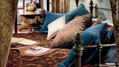 Фотография: Прихожая в стиле Прованс и Кантри, Лофт, Декор интерьера, Квартира, Дома и квартиры, Интерьеры звезд – фото на INMYROOM