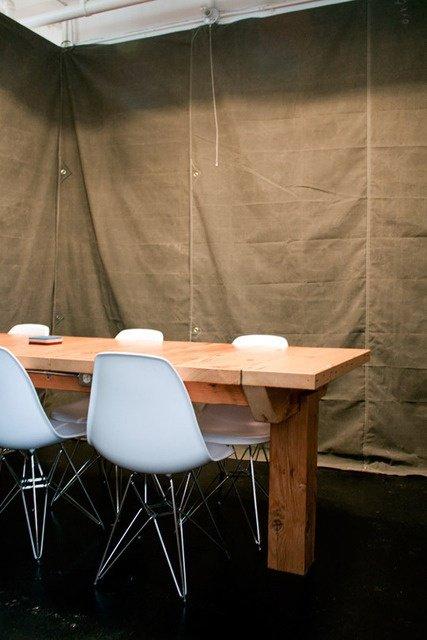 Фотография: Кухня и столовая в стиле Современный, Декор интерьера, Мебель и свет, Перегородки – фото на INMYROOM