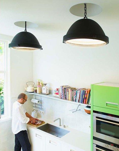 Фотография: Кухня и столовая в стиле Скандинавский, Современный, Лофт, Декор интерьера, Мебель и свет – фото на INMYROOM