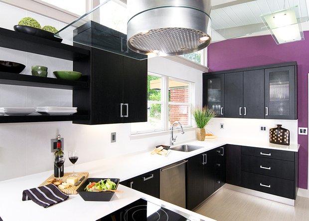 Фотография: Кухня и столовая в стиле Лофт, Современный, Декор интерьера, Дизайн интерьера, Цвет в интерьере, Черный, Пол – фото на INMYROOM