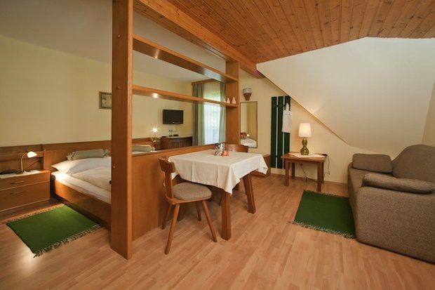 Фотография: Гостиная в стиле Прованс и Кантри, Малогабаритная квартира, Квартира, Дома и квартиры – фото на INMYROOM