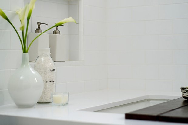 Фотография: Декор в стиле Прованс и Кантри, Современный, Ванная, Интерьер комнат – фото на InMyRoom.ru