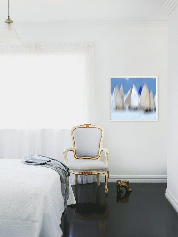 Фотография: Спальня в стиле Эклектика, Декор интерьера, Декор, Декор дома, Современное искусство – фото на INMYROOM