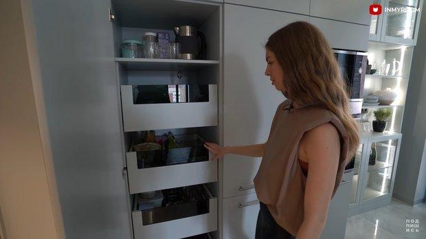 Фотография:  в стиле , Кухня и столовая, Советы, организация пространства на кухне, хранене на кухне – фото на INMYROOM