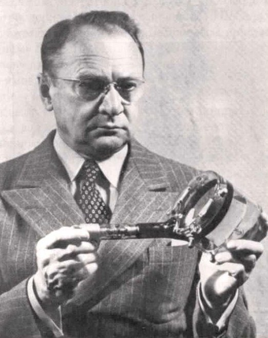 Владимир Зворыкин, 1930-е годы