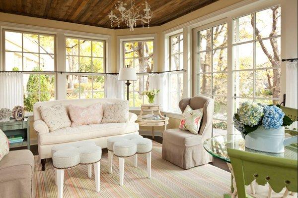 Фотография: Гостиная в стиле , Декор интерьера, Декор дома, Цвет в интерьере, Белый, Ретро, Шебби-шик – фото на INMYROOM