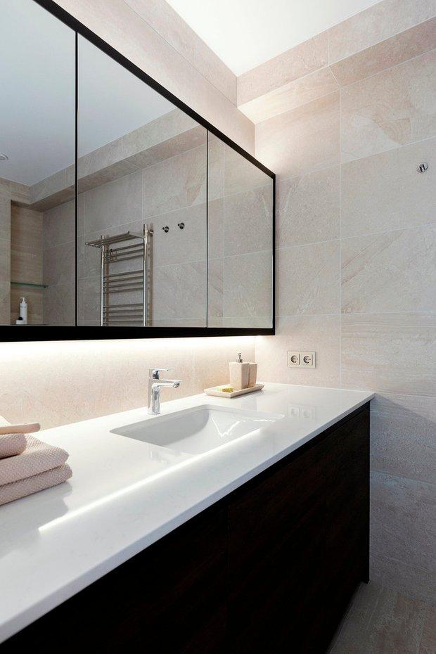 Фотография:  в стиле , Ванная, Советы, Roca, чугунная ванна, сенсорные смесители – фото на INMYROOM