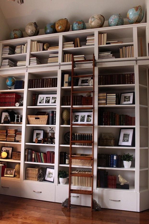 Фотография:  в стиле Лофт, Декор интерьера, Декор дома, Библиотека – фото на INMYROOM