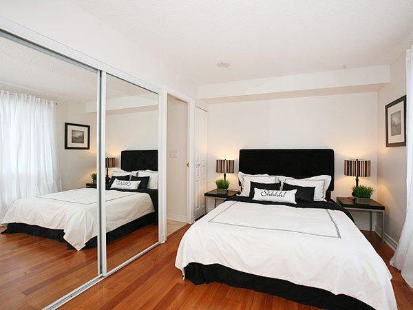 Фотография: Спальня в стиле Современный, Декор интерьера, Квартира, Интерьер комнат – фото на INMYROOM