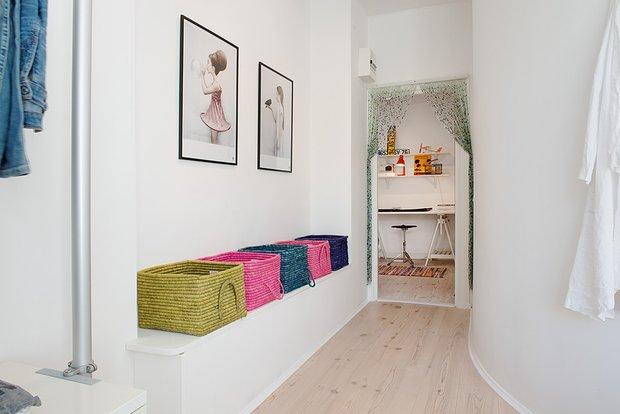Фотография: Декор в стиле Скандинавский, Современный, Малогабаритная квартира, Квартира, Швеция, Мебель и свет, Дома и квартиры, Белый – фото на INMYROOM