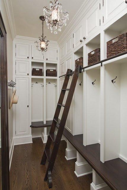 Фотография: Прихожая в стиле Классический, Современный, Интерьер комнат – фото на INMYROOM