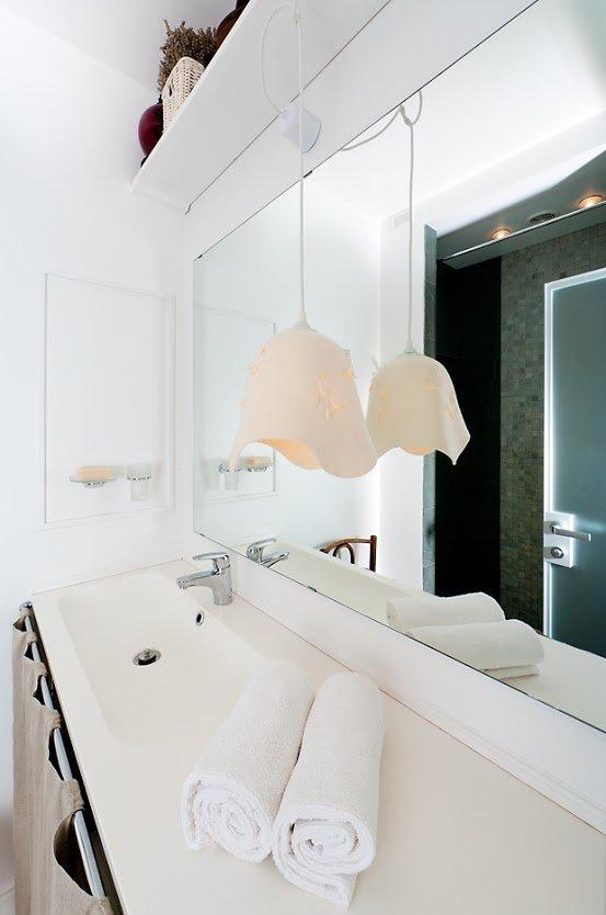 Фотография: Ванная в стиле Скандинавский, Современный, Малогабаритная квартира, Квартира, Цвет в интерьере, Дома и квартиры, Переделка – фото на INMYROOM