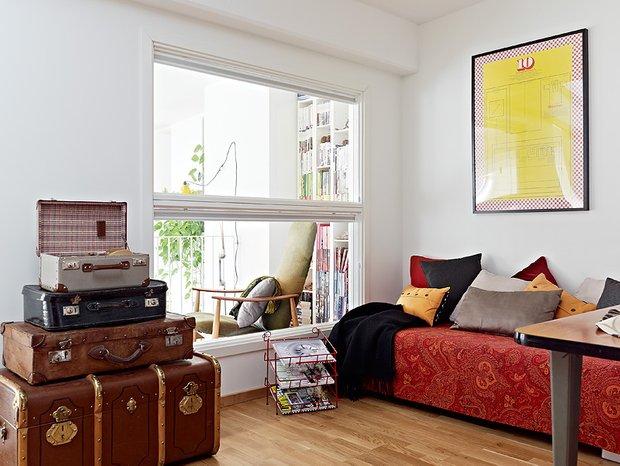 Фотография: Гостиная в стиле Скандинавский, Спальня, Интерьер комнат, Советы – фото на INMYROOM