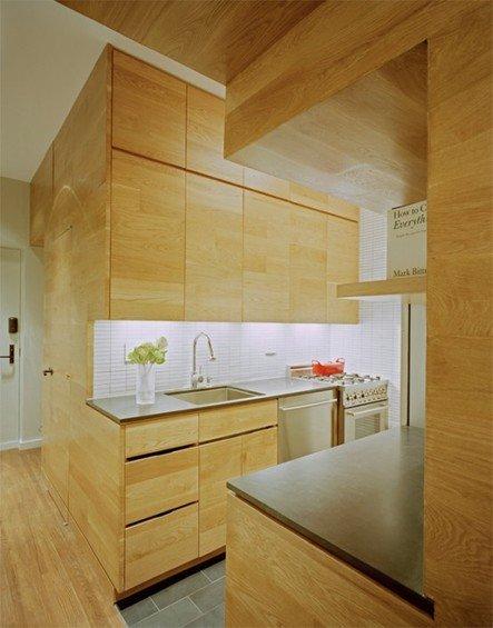 Фотография: Кухня и столовая в стиле Эко, Декор интерьера, Малогабаритная квартира, Квартира, Цвет в интерьере, Дома и квартиры, Белый – фото на INMYROOM